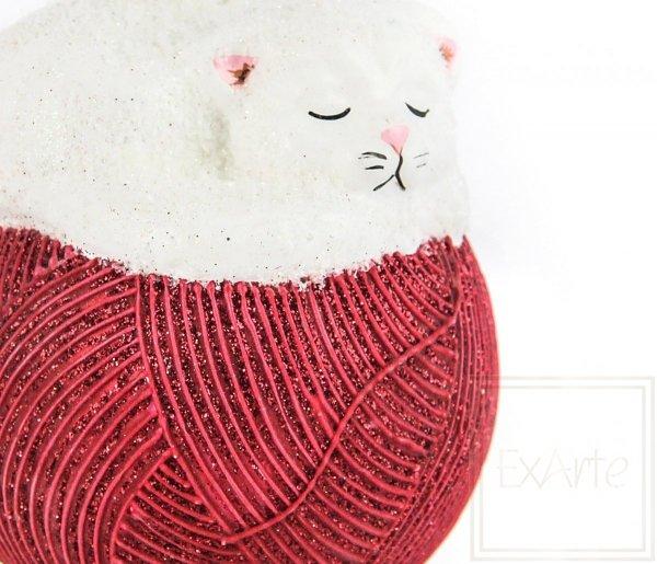 Szklana bombka kotek, Katze 11cm - Auf einer roten Kugel
