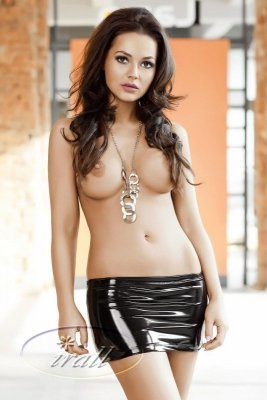 Irall Desiree Czarna spódniczka