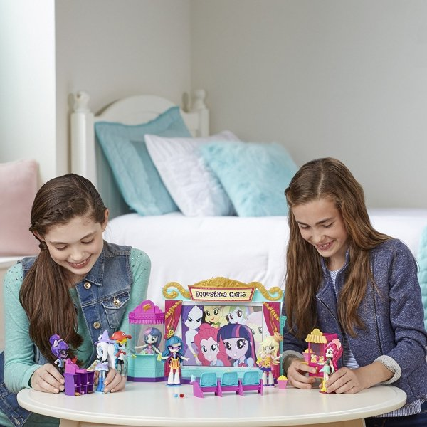 Equestria Girls Hasbro
