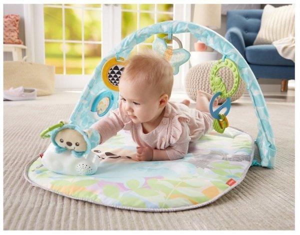 mata dla niemowlęcia zabawa na brzuszku