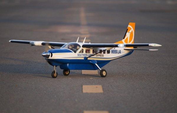 Samolot Cessna 208 Grand Caravan 1.7m .55 EP-GP Airliner ARF - VQ-Models