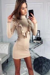 bawełniana sukienka z falbaną na biuście