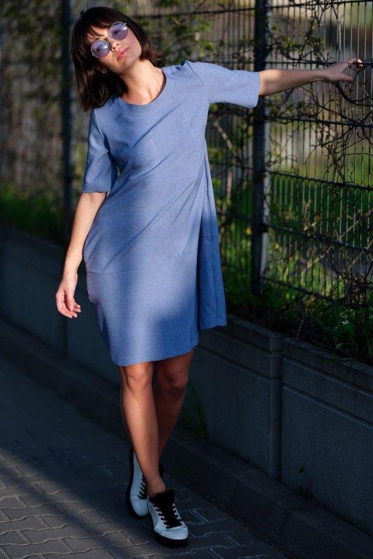 B082 Sukienka bombka niebieska