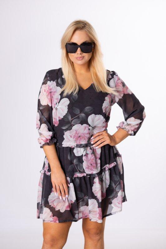 tiulowa sukienka w kwiaty z bufiastymi rękawami i dekoltem w serek