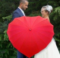 Parasol czerwony w kształcie SERCA 100x113cm
