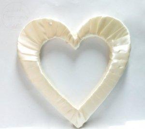 Serce styropianowe duże w kolorze kremowym