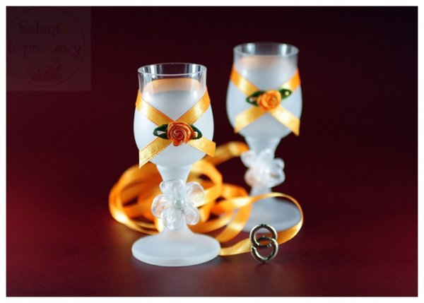 Kileliszki do wódki szronione 2 szt pomarańczowe