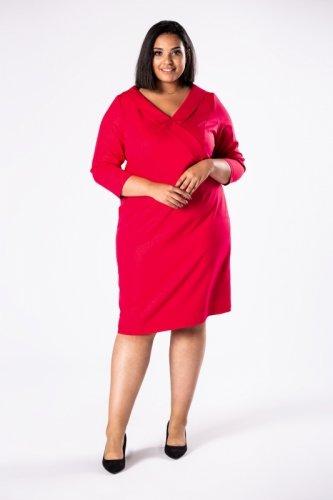 dopasowana sukienka z żakietową zakładką przy dekolcie