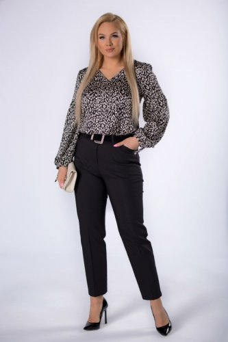 eleganckie spodnie cygaretki z nogawkami w kant