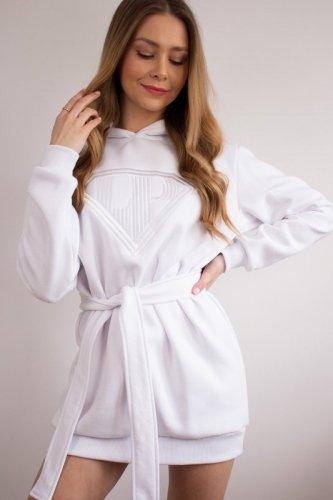 długa bluza z wyszywanym nadrukiem
