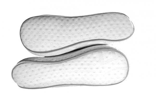 poduszka pofilowana_zdrowy sen_ ekskluzywna poduszka z pianką memory_z wkładem z pianki termoelastycznej_bawełniana poszewka_Eurowolle_02