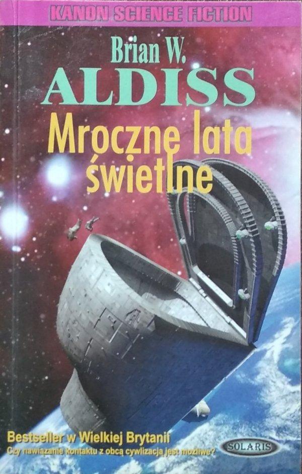 Brian W. Aldiss • Mroczne lata świetlne
