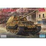 Amusing Hobby 35A033 Schwerer Jagdpanzer Elefant Sd.Kfz.184 1/35