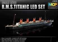 Academy 14220 RMS Titanic with LED Lighting Set 1/700