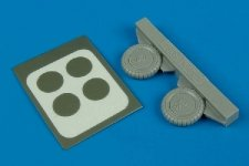 Aires 7233 Bf 109G-6 wheel & paint masks 1/72 Other