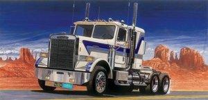 Italeri 3859 Freightliner FLC (1:24)