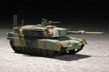 Trumpeter 07276 M1A1 Abrams MBT (1:72)