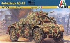 Italeri 7052 Autoblinda AB 43 (1:72)