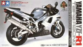 Tamiya 14074 Yamaha YZF-R1 Taira Racing (1:12)