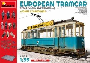 Miniart 38009  European Tramcar - Straßenbahn-Triebwagen 641 w/crew & passengers 1/35