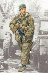 Dragon 1629 Feldwebel 352ND Volksgenadier Division (1:16)