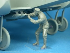 Copper State Models F32-014 German bomber ground crewman N.1 1:32