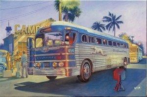 Roden 816 GMC PD3701 Silverside Bus Greyhound Lines 1/35