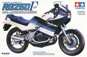 Tamiya 14024 Suzuki RG250 1/12