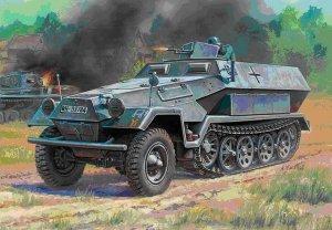 Zvezda 6127 Sd.Kfz.251/1 Ausf.B 1/100