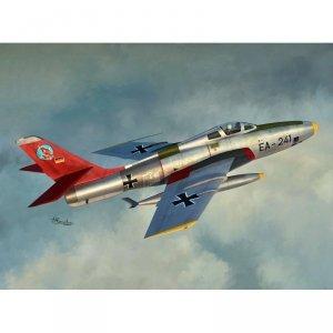 Sword 72117 RF-84F Thunderflash 1/72