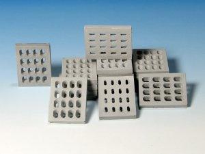 Eureka XXL E-018 Modern Concrete Road Panels (Perforated) 1:35