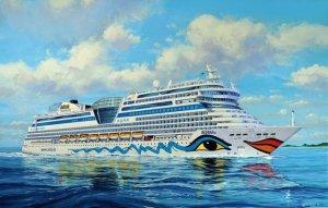 Revell 05230 Cruiser Ship AIDA,blu,sol,mar,stella (1:400)