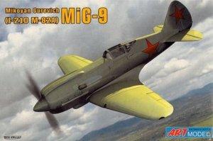 Art Model 7207 MiG-9 (I-210 M-82A) (1:72)