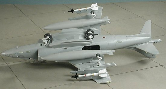 Hasegawa D19 AV-8B Harrier II (1:72)