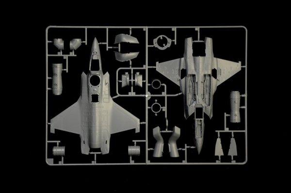 Italeri 1425 F-35 B Lightning II STOVL 1/72