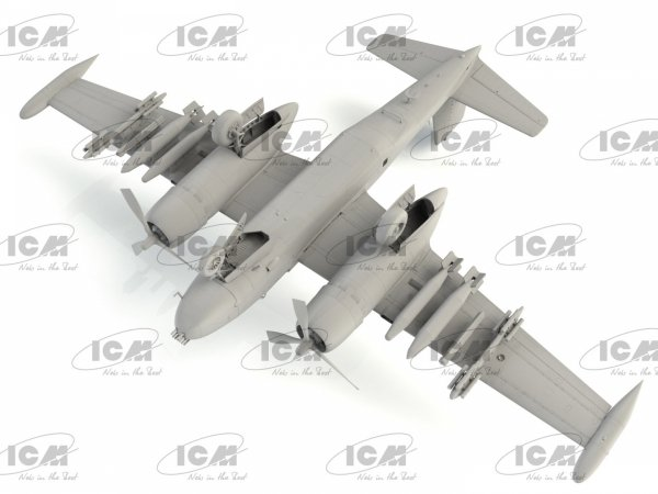 ICM 48279 B-26K Counter Invader USAF Vietnam War Attack Aircraft 1/48