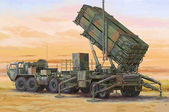 Trumpeter 07157 M983 HEMTT & M901 Launching Station w/ MIM-104F Patriot SAM System (PAC 3) 1/72