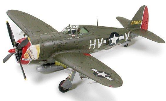 """Tamiya 60769 Republic P-47D Thunderbolt """"Razorback"""" 1/72"""