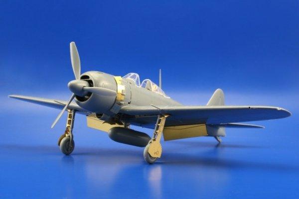 Eduard 49425 A6M5 Zero S. A. Tamiya 1/48