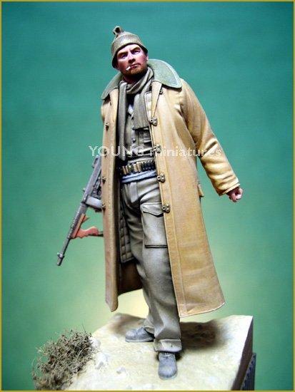 Young Miniatures YM7002-R British LRDG 1942 70mm