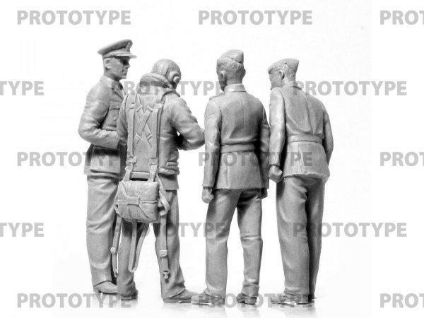 ICM 32113 WWII RAF Cadets 1/32