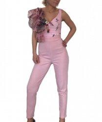 Tutta donna elegante - Tuta rosa - Aderente
