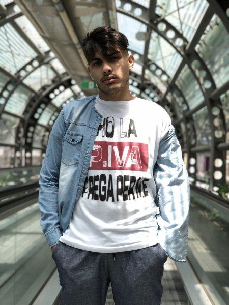 Tshirt con scritte - MAgliette con scritte ironiche - P.IVA - Gogolfun.it