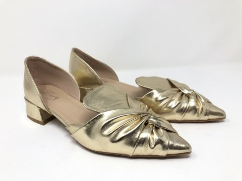 Scarpe donna oro con tacco basso