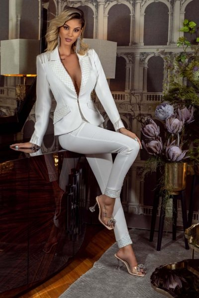 Tailleur bianco - Elegante - Con applicazioni - Tailleur bianchi - Gogolfun.it