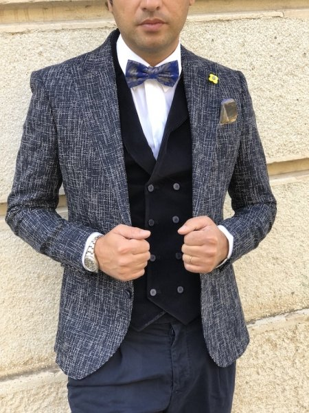 Giacca blu, particolare - Abbigliamento uomo gogolfun.it
