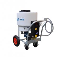 Wózek do przewozu mleka z mikserem i dystrybutorem 170L