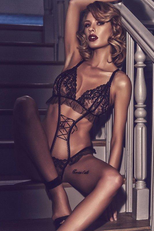 Erotyczne body damskie plus size M-XXXL SALMAKIS Black