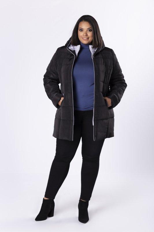 pikowana kurtka o dłuższym kroju z kapturem