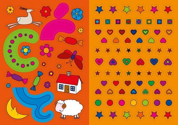 Kolorowanka z naklejkami ZABAWY Z LITERKAMI Od A do Ę 3+ (43348)
